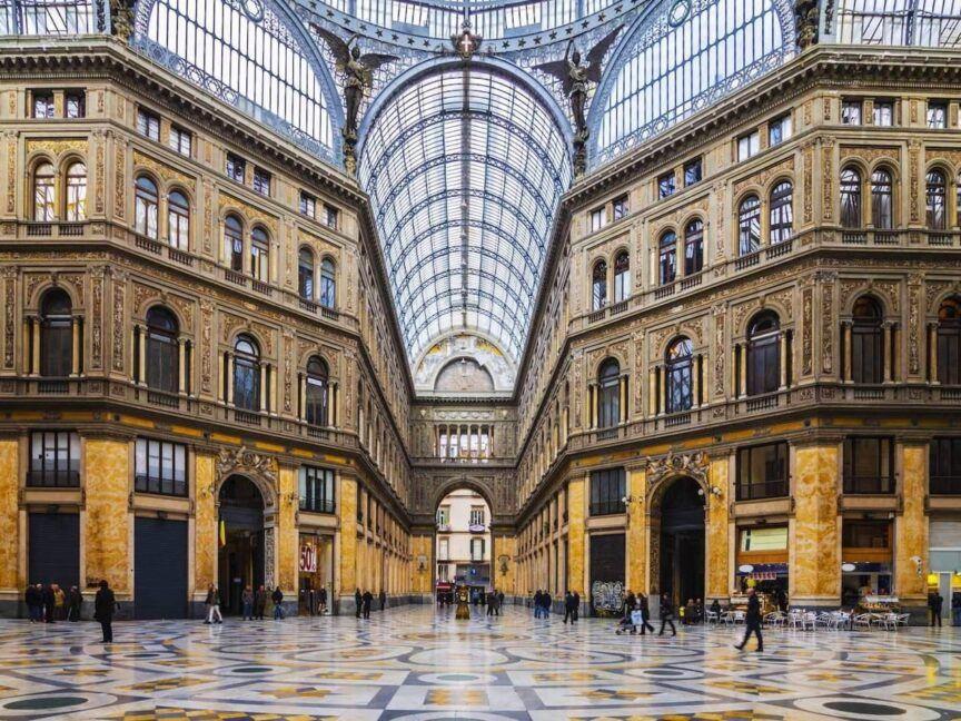 Galleria Umberto I, misteri massonici-1